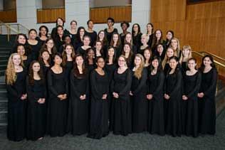 UMD Women's Chorus formal group photo