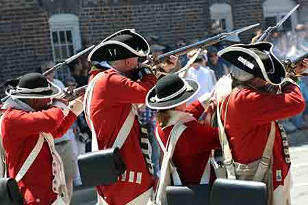 Re-enactment: Redcoats firing at Revolutionaries