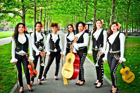 Mariachi Flor de Toloache group photo