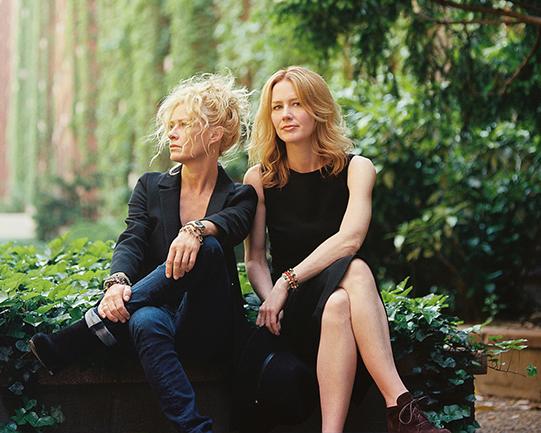 Press photo of Shelby Lynne & Allison Moorer