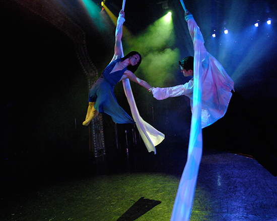 Acrobats of Cirque-tacular