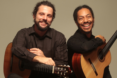 Photo of the Brasil Guitar Duo