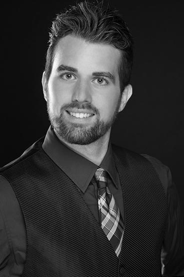 Jeffrey Williams, bass
