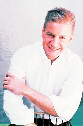 Photo of John Nauman, pianist