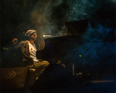 Idan Raichel at the piano