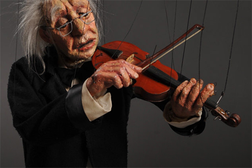 Cashore Marionette Playing Violin