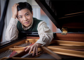 Kit Armstrong Performs Mozart's Piano Concerto No 22 in E-flat Major