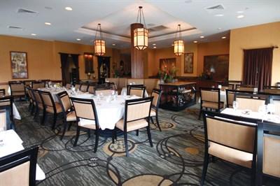 32 Palm Restaurant