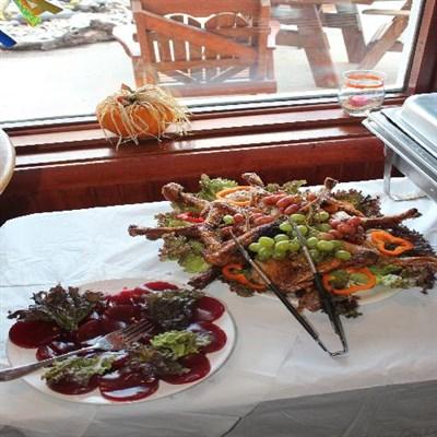 Food display at Dock of the Bay