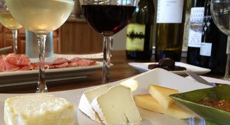 Picture of wine and cheese pairing
