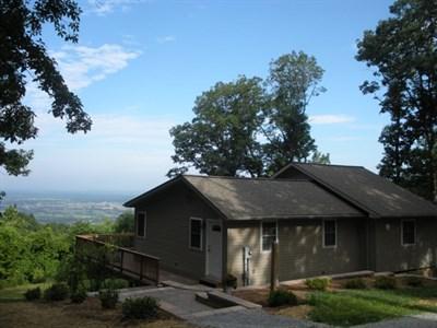 Antietam's The Lookout Guest Cottage