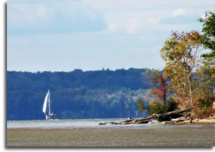 Sailboat on water at Purse State Park