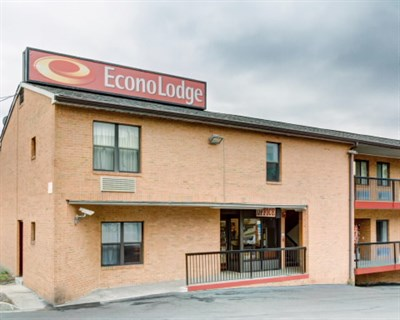 Econo Lodge-College Park exterior