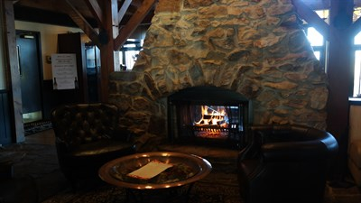 Mountain Branch Grille & Pub interior