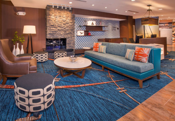 Fairfield Inn & Suites-Easton lobby
