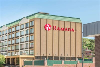 Ramada Inn-Cumberland exterior