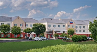 Fairfield Inn & Suites by Marriott-Frederick exterior