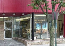 Just Lookin' Gallery exterior