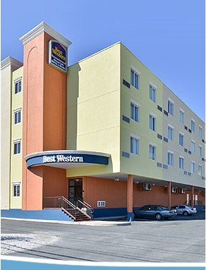 Photo Credit: Best Western Hotel & Suites-OC