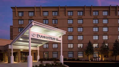 DoubleTree by Hilton-Laurel exterior view