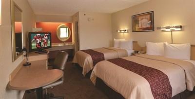 Red Roof Inn-Lanham guest room