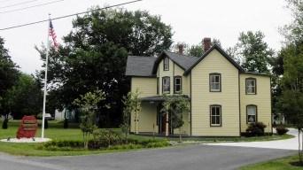 Tilghman Waterman's Museum