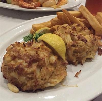Crabcake platter