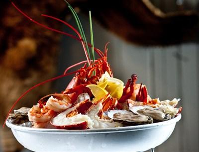 Seafood bowl platter