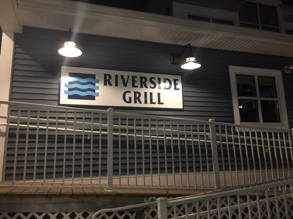 Riverside Grill exterior view