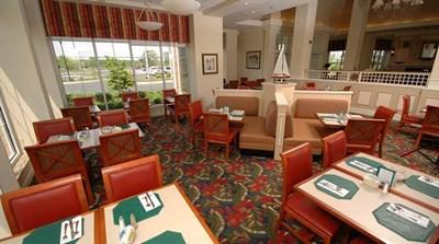 The Garden Grille & Bar-Grasonville interior view
