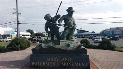 Watermen's Memorial Monument