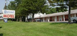 Diplomat Motel Image