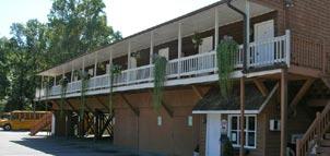 Photo Credit: Hillside Motel