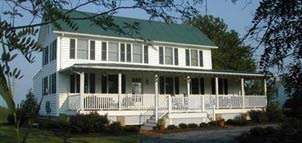Lazyjack Inn on Dogwood Harbor