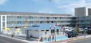 Thunderbird Beach Motel exterior view