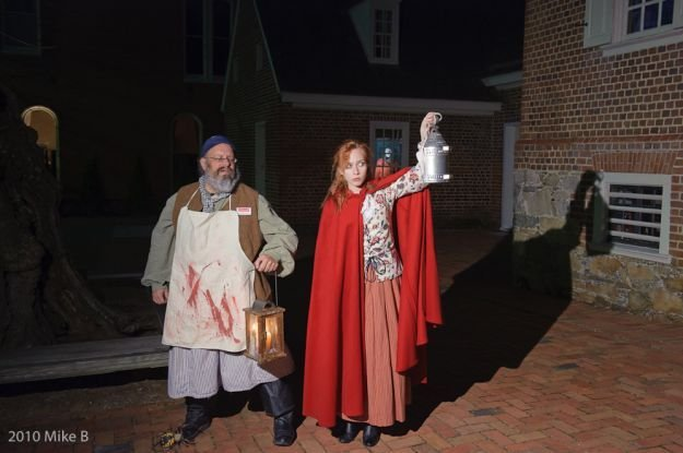 Telling of ghosts of the William Paca House
