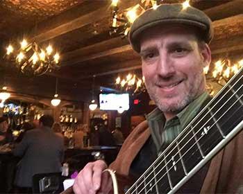 Steve O'Toole performing at the Irish Whisper