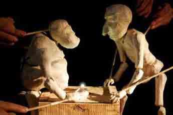 Silencio Blanco puppets