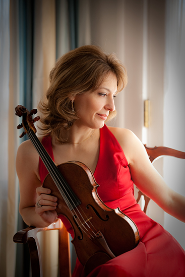 Irina Muresanu with her violin