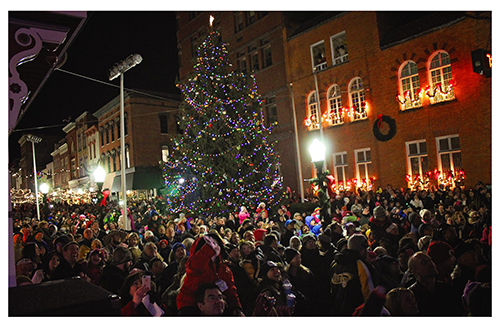 Cumberland's Annual Christmas Tree Lighting
