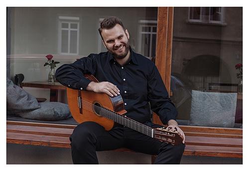 Guitarist Lukasz Kuropaczewski