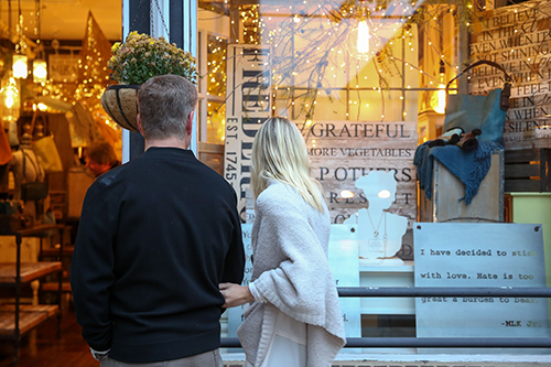 Couple shopping in downtown Frederick