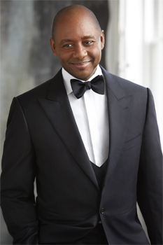 Branford Marsalis performs with the Baltimore Symphony Orchestra