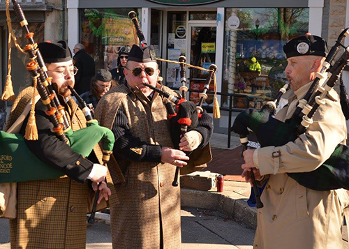 Bag Pipes at the 5K start line
