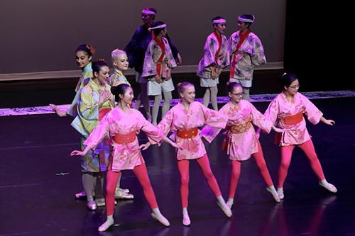 Classical Ballet with a Japanese Twist