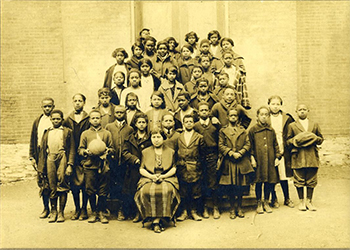 Class Photo of South Bentz St. School Students
