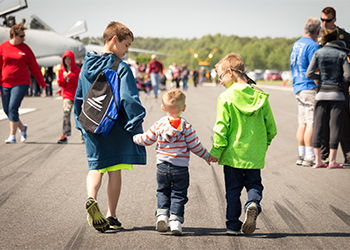 Kids and families at Wings & Wheels