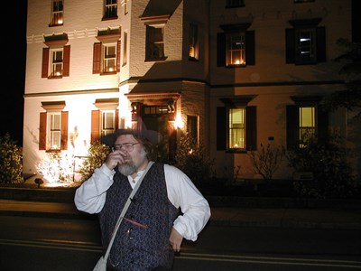 Actor David Dossey gives ghost tour in Gettysburg