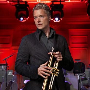 Chris Botti,with trumpet