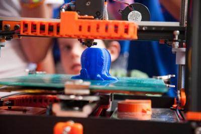 3D Printer renders octopus at KIDfest.